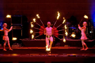 "Feuershow der firedancer im Rahmen der ""World of Events"""