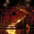 Treppe von REBECCA in Flammen