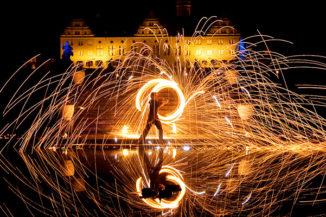 Märchenhafte Feuershow im Schloss Weikersheim