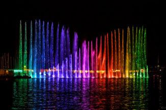 Wassershow bei Nacht beim Geneva Lake Festival 2016