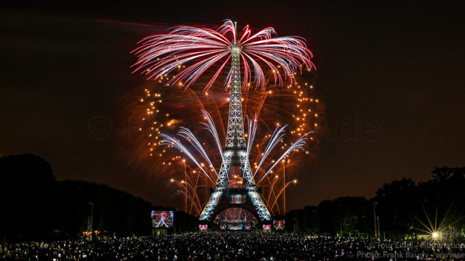 2018-07-14 Feu d artifice Tour Eiffel Paris