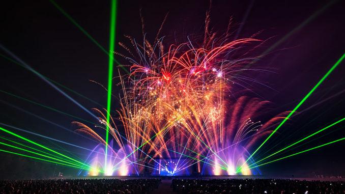Festival Vents d'Est 2019 Feuerwerk, Wassershow, Laser