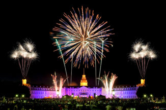 Feuerwerk Schloss in Flammen Karlsruhe