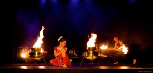 Premiere der Show INDIAN FIRE im Frankfurter Hof (Mainz) von firedancer