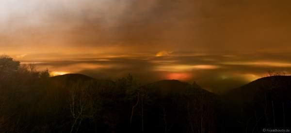 Wolkenleuchten Feuerwerk Silvesternacht 2007/2008 Kalmit