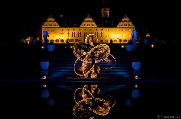 Feuershow von Gloryfire im Schlosspark - Schloss Weikersheim