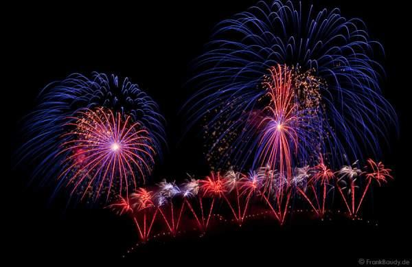 Feuerwerk bei der Sonnwendfeier Oensingen 2009