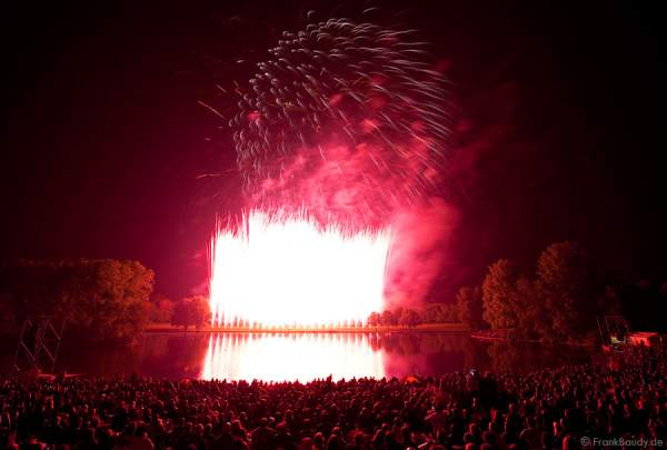 Feuerwerk bei Rhein in Flammen 2009 - Bonn