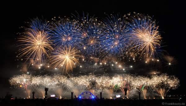 Pyromusikale 2009 - Das weltgrößte Feuerwerk Festival in Berlin