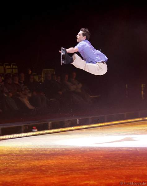 Adam Kaplan bei Holiday on Ice - Tropicana