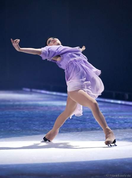 Angela Kim bei Holiday on Ice - Tropicana