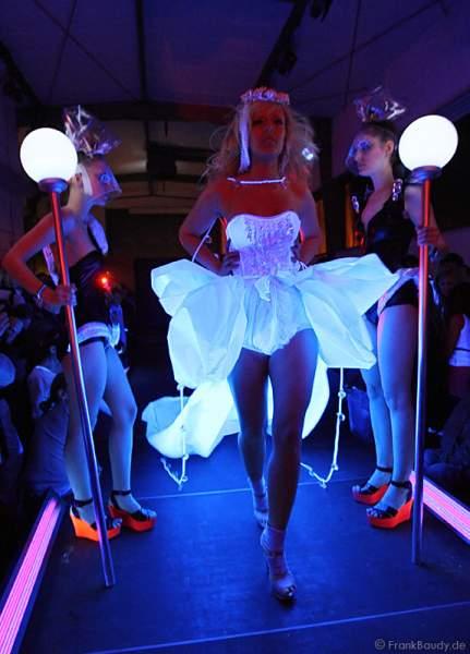 Modenschau LEUCHTSTOFF zur Luminale 2010