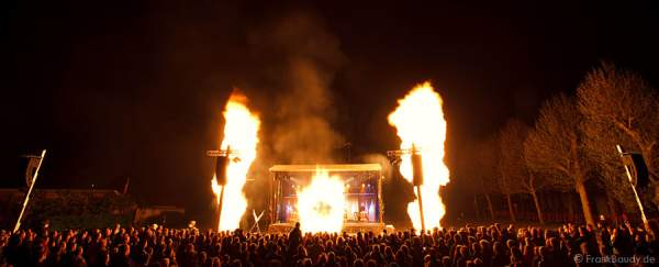 Feuershow Blazing Beats von Gloryfire und Wadokyo in Ieper