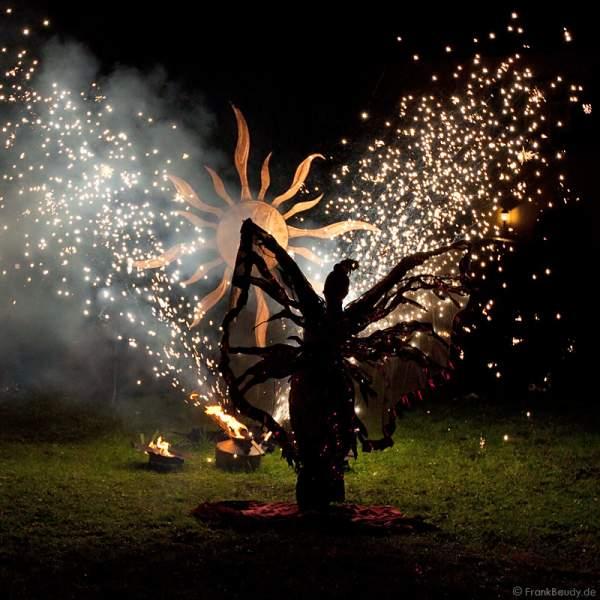Feuershow von Gloryfire, Wadokyo und Theater Feuervogel