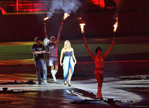 Taylor Dayne - Opening Ceremony Gay Games 2010 Cologne