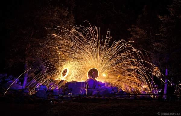 Feuerkünstler Project PQ bei Felsenmeer in Flammen 2010