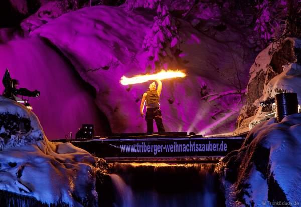 Triberger Weihnachtszauber 2010 Feuershow mit Hannes Schwarz