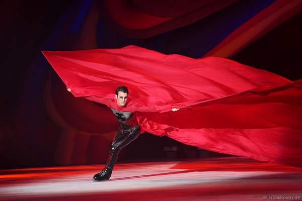 Michael Solonoski bei Holiday on Ice – FESTIVAL