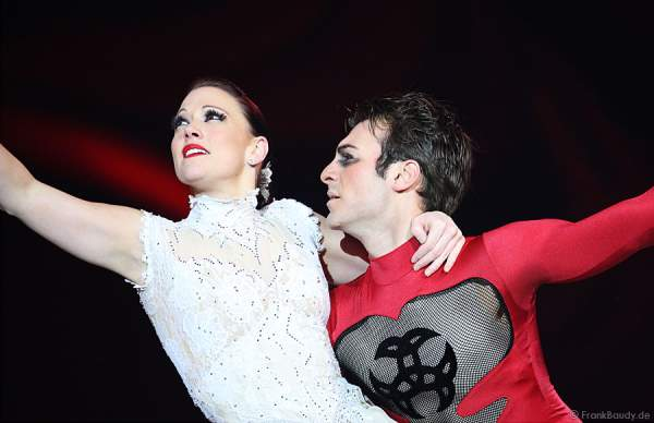 Michael Solonoski & Jo Carter bei Holiday on Ice - Festival