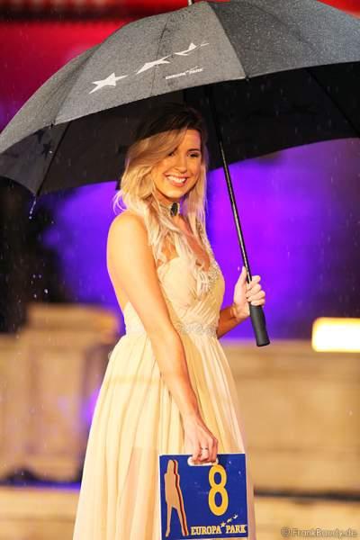 Dominique Ela Wisniewski für Neuseeland bei der Wahl zur Miss WM 2011 im Europa Park Rust