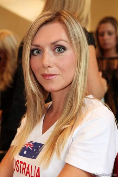Lena Wirth für Australien bei der Wahl zur Miss WM 2011 im Europa Park Rust