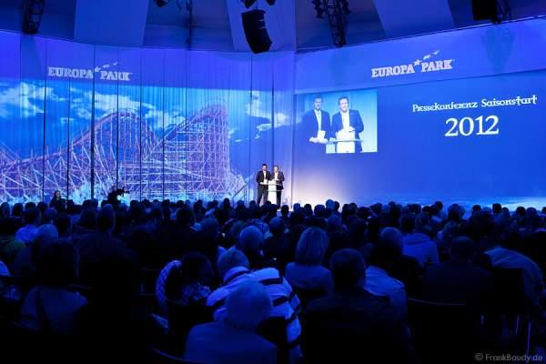 Roland Mack und Volker Klaiber im Rahmen der Presskonferenz des Europa Park zum Saisonstart 2012