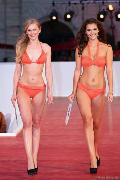 Miss EM 2012 - Natalia Prokopenko und Lucie Klukavá im Bikini auf dem Laufsteg