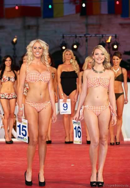 Johanna Persson und Oksana Kuzmenko bei der Miss EM 2012 Wahl im Europa-Park