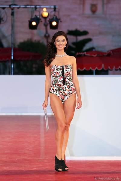 Avalon-Chanel Weijzig bei der Miss EM 2012 Wahl im Europa-Park