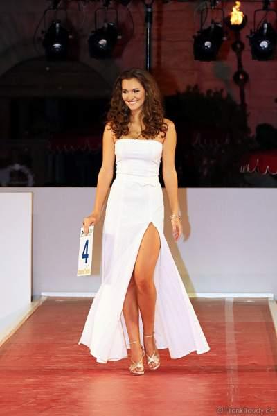 Lucie Klukavá bei der Miss EM 2012 Wahl im Europa-Park