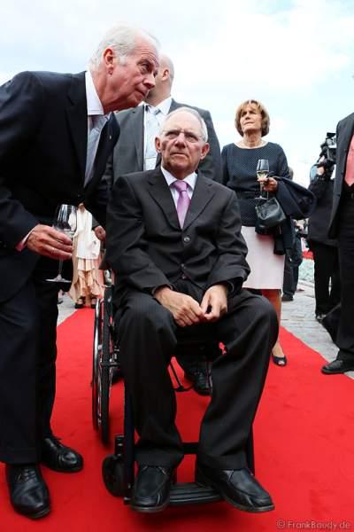 Dr. Wolfgang Schäuble bei der Eröffnung des neuen 4-Sterne Superior Hotels Bell Rock im Europa-Park am 12. Juli 2012