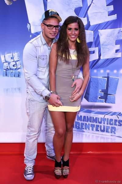 DSDS Star Pietro Lombardi mit seiner Verlobten Sarah Engels