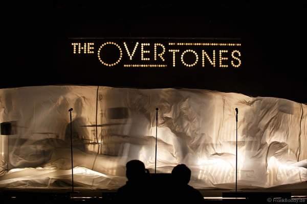 The Overtones  beim Konzert am 18. Februar 2013 in der Jahrhunderthalle Frankfurt