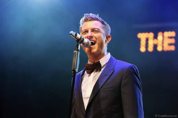 Timmy Matley, Sänger der Band THE OVERTONES beim Konzert in der Jahrhunderthalle Frankfurt
