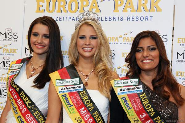 Vize-Miss Germany 2013 Jule Walkowiak, Miss Germany 2013 Caroline Noeding, 3. Miss Germany 2013 Sifa Cakarer (v.l.n.r.)
