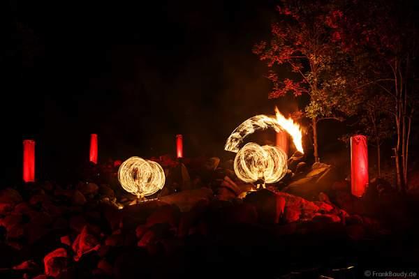 Feuershow von Project PQ bei Felsenmeer in Flammen 2013