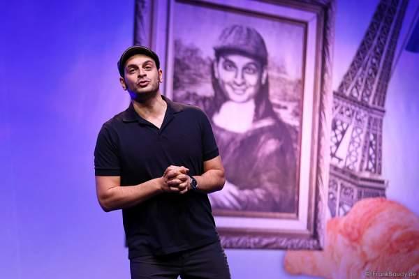 Kaya Yanar bei seiner Show Around the World