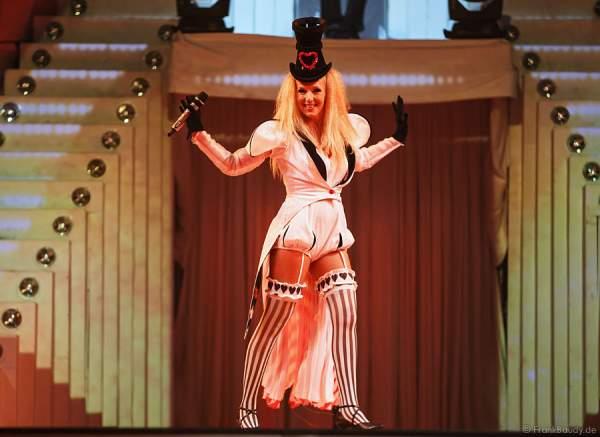 Nancy Baumann, Ehefrau von DJ Bobo bei Show Circus