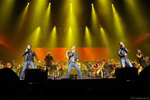 Rock'n'Roll-Band The Baseballs bei AIDA Night of the Proms 2013 – SAP Arena Mannheim