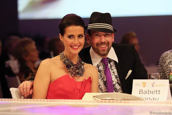 Babett Konau, Miss Germany 2003, und Kay Maximilian Rainger beim Miss Germany 2014 Finale