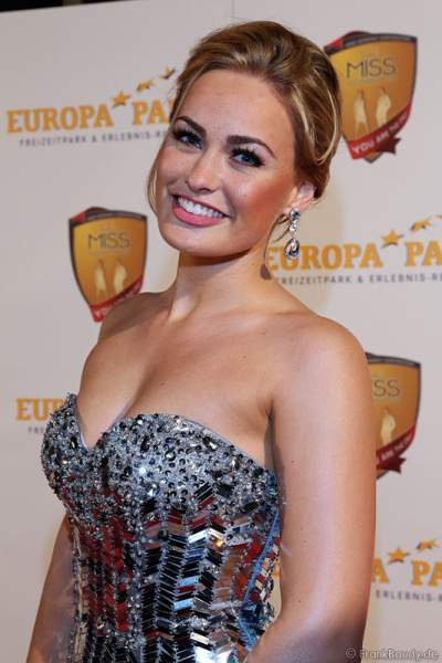 Anne Julia Hagen, Miss Germany 2010, bei Miss Germany 2014 Finale