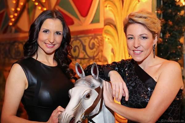 Alexandra Hofmann und Anita Hofmann von Anita & Alexandra Hofmann (vormals: Geschwister Hofmann) bei Miss Germany 2014 Finale