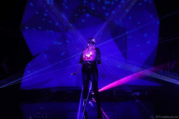 A18_Lasershow der Firma Kvant auf der Prolight + Sound 2014