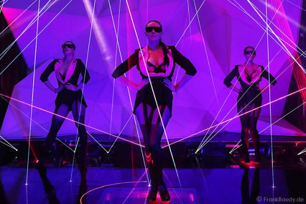 A42_Lasershow der Firma Kvant auf der Prolight + Sound 2014