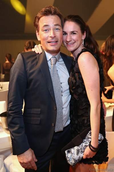 Jan Sosniok und Freundin Nadine Möllers beim Radio Regenbogen Award 2014 im Europa-Park