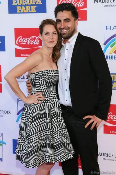 Felicitas Woll mit Freund Emrah Karacok beim Radio Regenbogen Award 2014 im Europa-Park