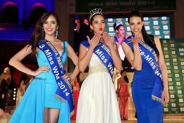 Laritza Libeth Parraga Arteaga (Ecuador), Daniela Ocoro Mejia (Kolumbien) und Felicia Kitchings (USA) bei der Miss WM 2014 Wahl im Europa-Park Rust