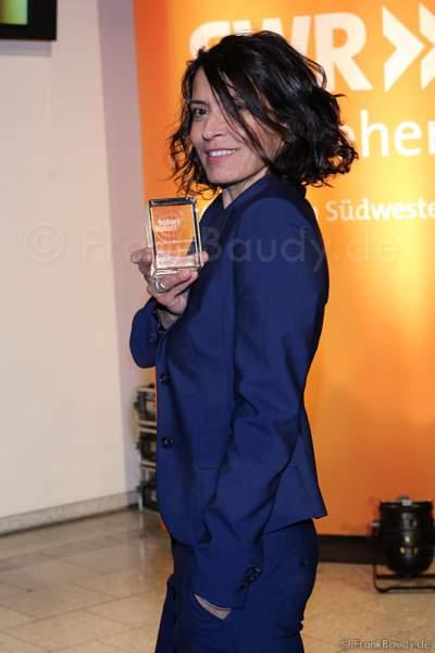 Ulrike Folkerts erhält Preis 25 JAHRE LENA ODENTHAL