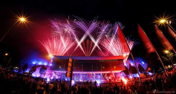 Feuerwerk zum Abschied der Rhein-Main-Hallen in Wiesbaden
