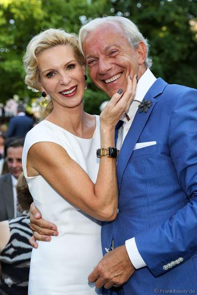 Jo Groebel mit Frau Grit Weiss bei den Nibelungen-Festspiele 2014, born this way